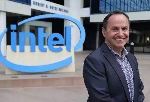 智东西晚报:英特尔临时CEO  Bob Swan转正 IDC:2018智能手机出货量减少4.1%
