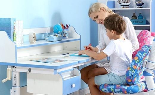 西昊儿童学习桌椅:角度高度任意调,6-18岁孩子都能用