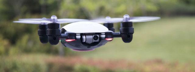 小小无人机也可玩出新花样,J.ME航拍无人机体验 | 视频