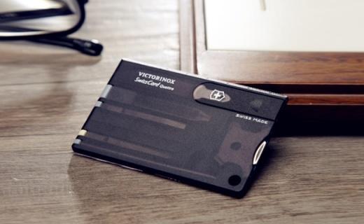 维氏多功能瑞士军刀卡:优质马氏体不锈钢,信用卡大小超便携