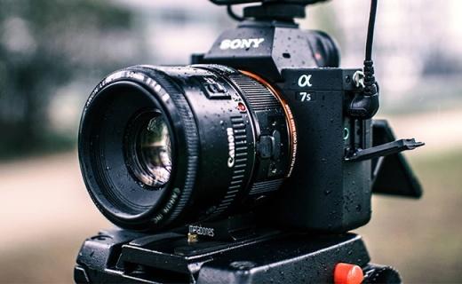 索尼ILCE-7SM2微单:五轴防抖4K拍摄,宽广感光度夜拍利器