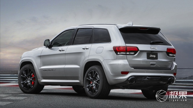 2017-jeep-grand-cherokee-srt_100563975_h.jpg