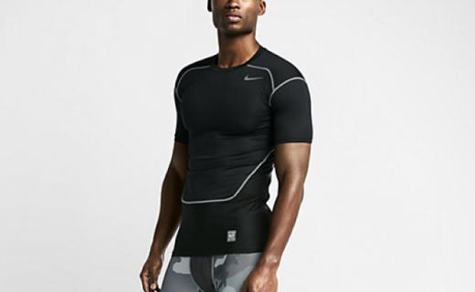耐克Hypercool压缩衣:经久耐穿包裹好,速干透气不黏腻
