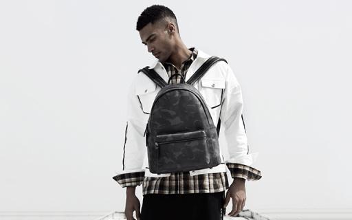 BABAMA迷彩双肩背包:优选材质防水耐磨,优质五金使用顺滑