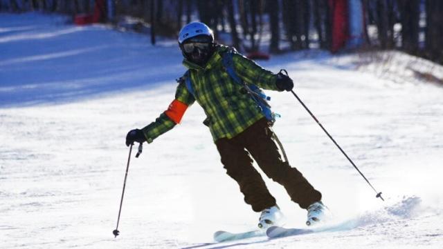"""滑雪不戴雪镜等于""""瞎"""",5项功能帮你找到属于你的滑雪镜"""