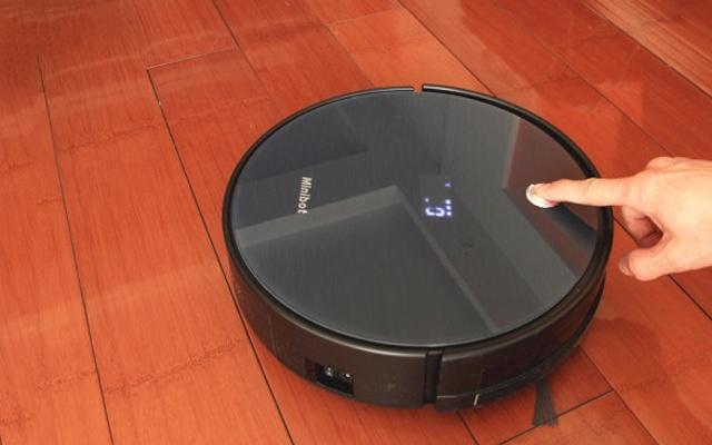 智能打扫空间,扫拖一体让你省掉请保洁的钱 — Minibot M780扫拖一体机器人评测 | 视频