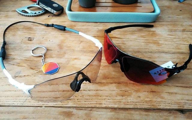 世界上只有两种运动眼镜:Oakley和非Oakley
