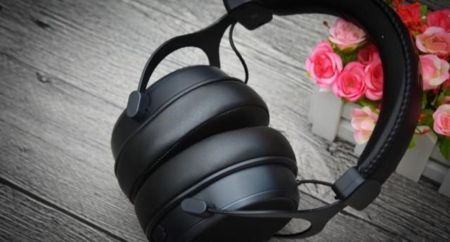 这个外壳有点帅!听声辩位,流光溢彩——达尔优EH925游戏耳机评测