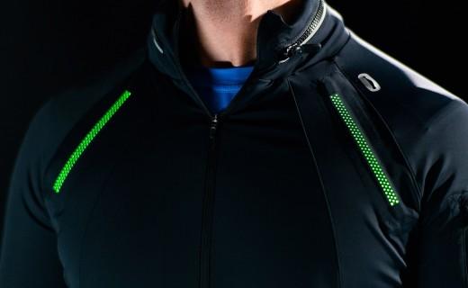 夜跑党必备,仅重14g的LED闪光夹克百米之外也能看得见