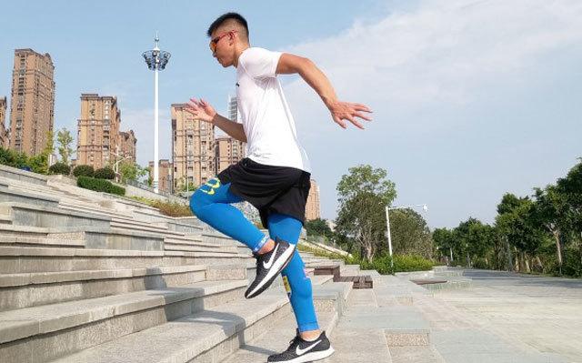 运动不知疲惫,让肌肉宛如新生,COMPRESSPORT全腿套 TINKOF体验