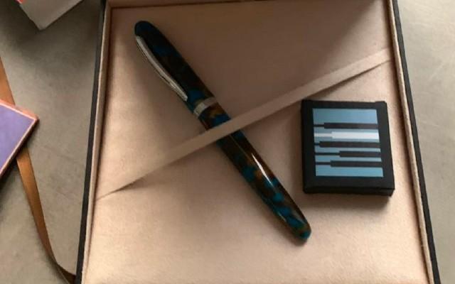 艺术气质加持的钢笔,书写自如没有漏墨尴尬