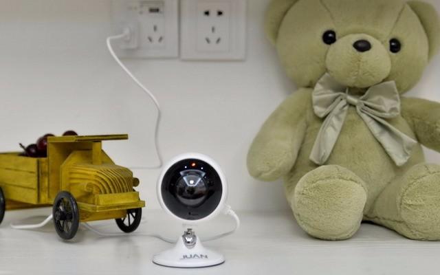 家里的安全被它们承保了,西数紫卡32G+九安F5全景摄像机