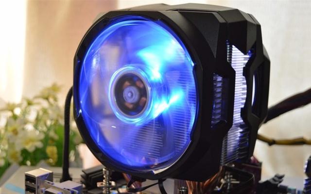 花299给主机装空调,RGB灯效游戏更带劲 — 酷冷T610P散热器体验