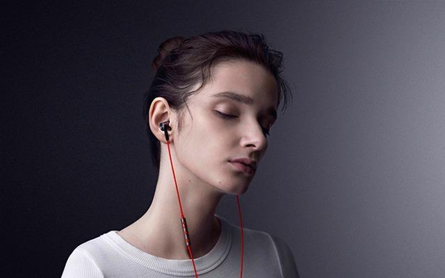 唱吧双动铁三单元圈铁耳机