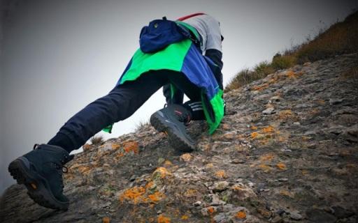 妹子轻松玩转山野户外,这双登山鞋功不可没 — LOWA 户外登山鞋体验