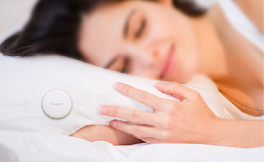 享睡助眠纽扣,全程监测睡眠无需佩戴