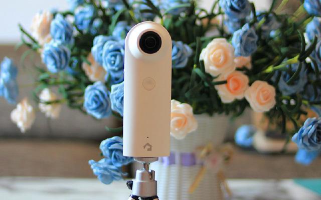 能看家的全景相机,720°全维拍摄还能玩VR