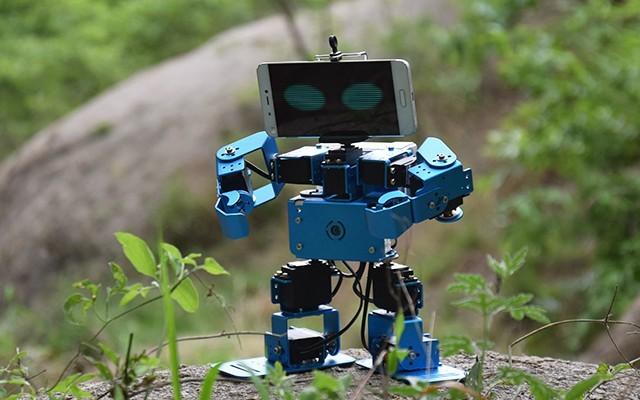 视频   培养孩子动手能力,IronBot机器人有一套