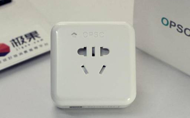 能语音控制的智能插座,还能监控你家用电量 — OPSO智能插座-HomeKit体验