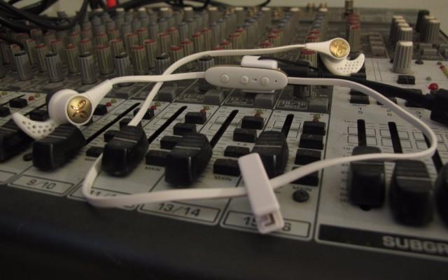 Jaybird X3蓝牙运动耳机测评:佩戴舒适,音质好