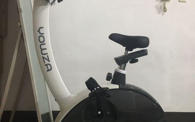 女票与肥腿的终极对决,美国优沃YOWZA 健身车体验