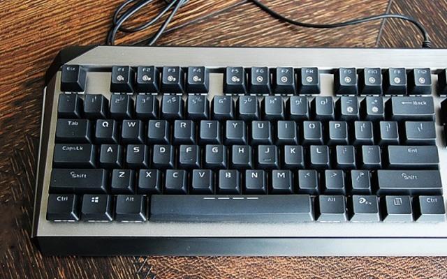 良好操作手感,游戏办公都能完美胜任 — 达尔优EK822机械键盘评测