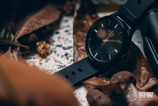 飞亚达JOYUP智能手表视频体验,传统与智能的完美结合