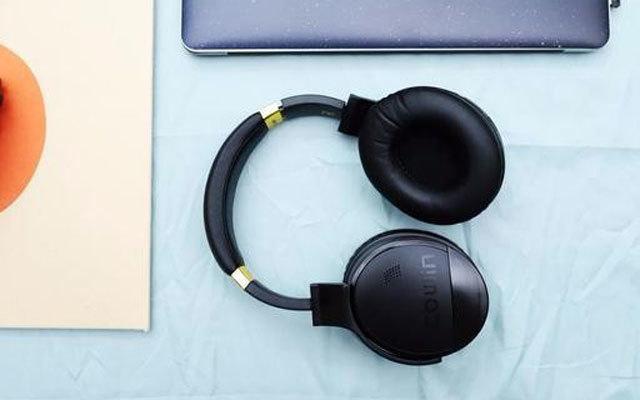 双麦降噪无线设计,带上这耳机我就想跳街舞 — 魅动E8头戴式蓝牙耳机评测