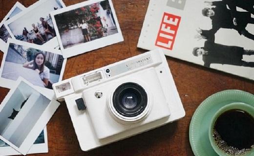 LOMO宽幅拍立得相机:多重拍摄模式,最纯正的LOMO照片体验