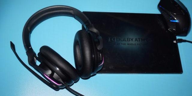 这耳机不仅能听音辨位,而且还能听到二楼 — 冰豹ROCCAT Khan评测