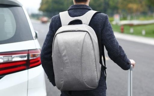 H&3商务双肩包:防盗设计贴心安全,优质布料防水耐刮