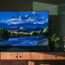 AI主打超薄机身加持 客厅中这台TCL电视让幸福指数爆棚