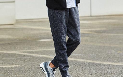 优衣库男式运动长裤:弹力面料贴身不束缚,基础款也百搭