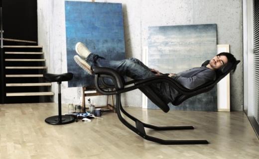 每天厮守18小时都不累,谷歌腾讯阿里都用的什么椅子?