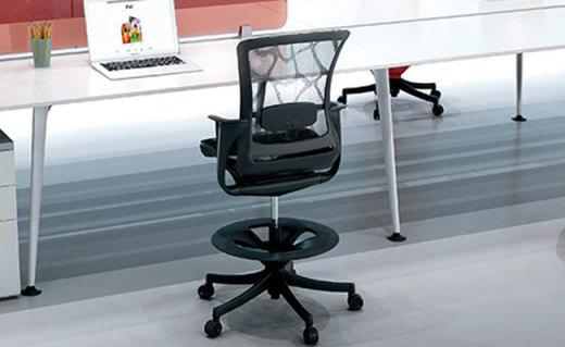 Ergonor座椅:高弹网布倾仰设计,贴合背部保护脊椎有效放松身体