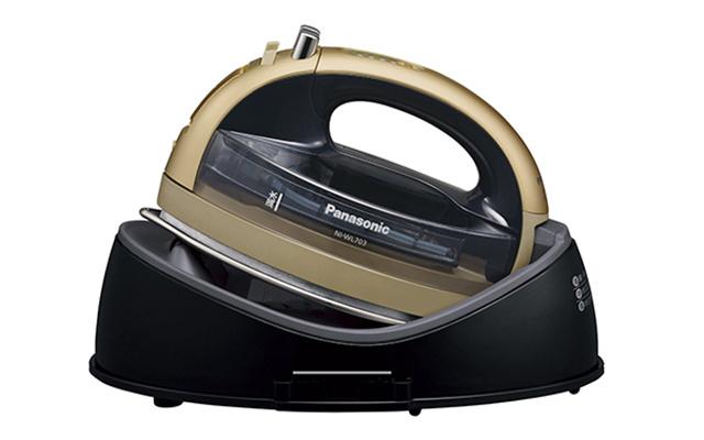 松下(Panasonic)NI-WL703-P智能熨烫机