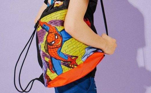 MACROPUS蜘蛛侠印花双肩背包:包身结实耐磨容量大,时尚漫威印花款
