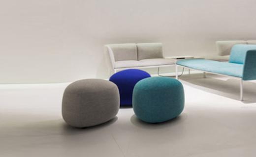 尼摩沙发凳:透气耐磨麻布面料,白蜡实木框架经久耐用