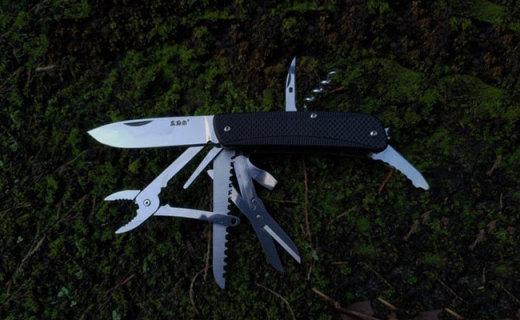 体积小巧却功能齐全,户外探险有它就够了,三刃木多功能工具刀测评