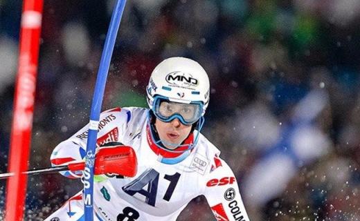 萨洛蒙BRIGADE滑雪头盔:EPS轻量外壳,490g超轻重量