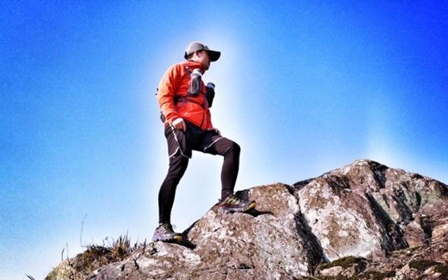 带刹车系统的跑鞋,超强缓震让我越跑越轻松 — LASPORTIVA Akyra GTX 越野跑鞋评测 | 视频