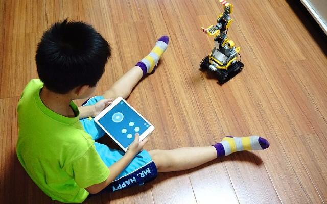 寓教于乐,打造属于自己的机器人,优必选智能机器人体验