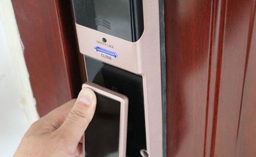 智能解锁 内外无忧——纽威尔Touch1推拉式全自动智能锁