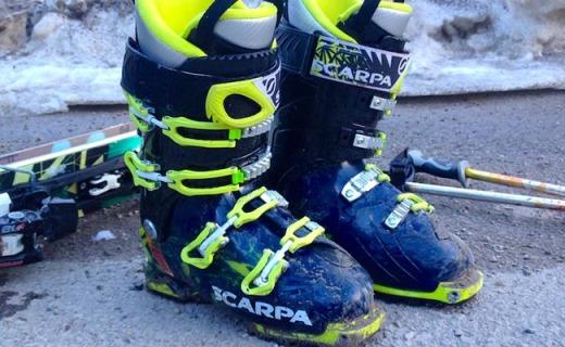 思卡帕Freedom SL Alpine雪靴:轻质外壳,可置换鞋底穿脱方便
