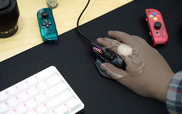老年人的第一只游戏鼠标:富民FM-X战神之瞳入手记