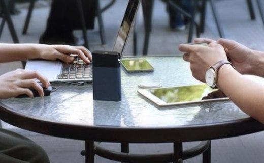 紫米 4G无线路由+充电宝:小巧外形简约便携,多种功能随心切换