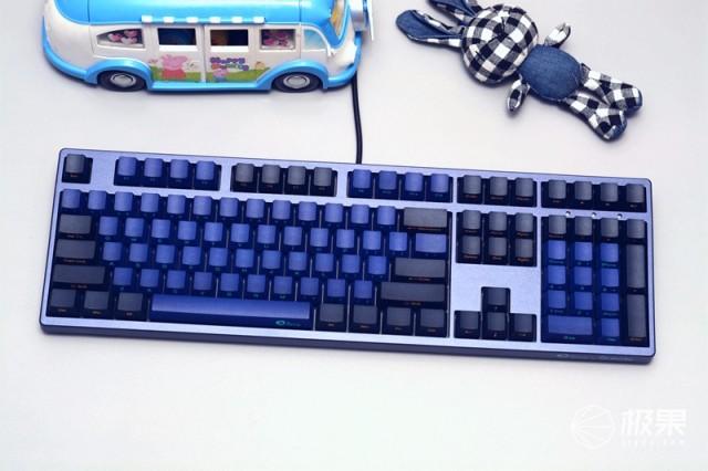 再续经典复古,短小精悍,器宇不凡——AKKODucky3108SP机械键盘体验