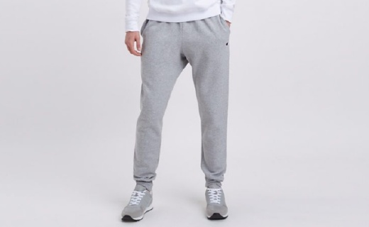 Champion慢跑裤:优质抓绒面料柔软透气,不起球不起皱