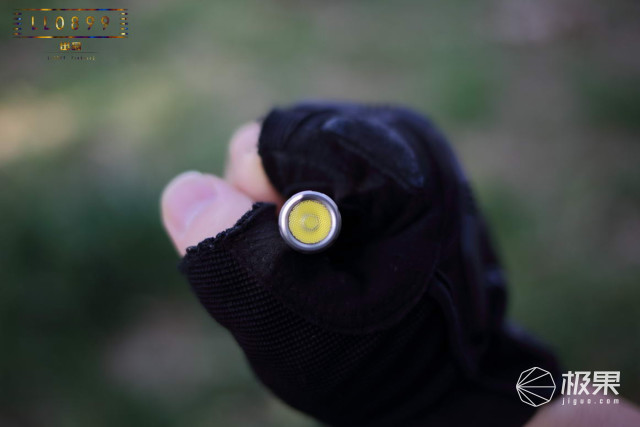 不能防身的圆珠笔不是好的手电筒—凯瑞兹TP20Ti战术笔评测|视频
