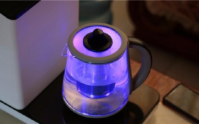 懶癌者的福利,一個水壺就搞定凈水熱水加養生